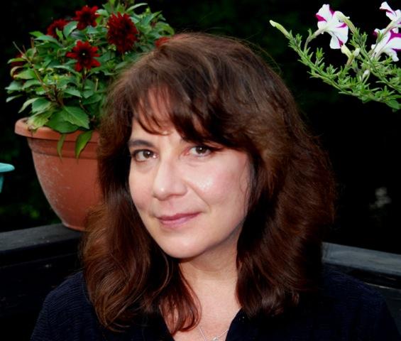 « Single Voice Reading Series: Joanna Luloff And Leslie