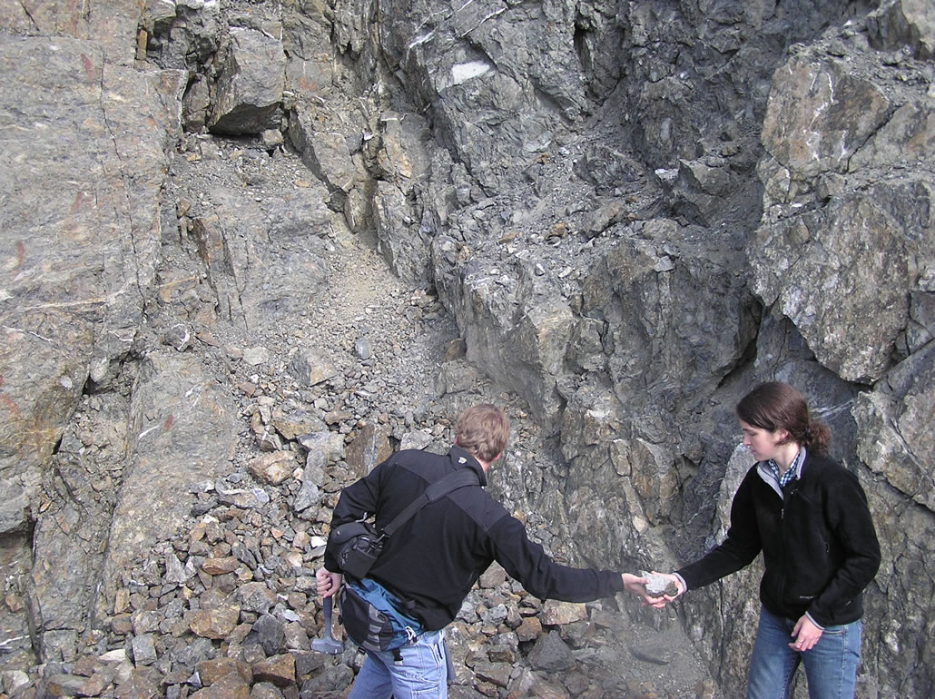 Collecting a clast sample